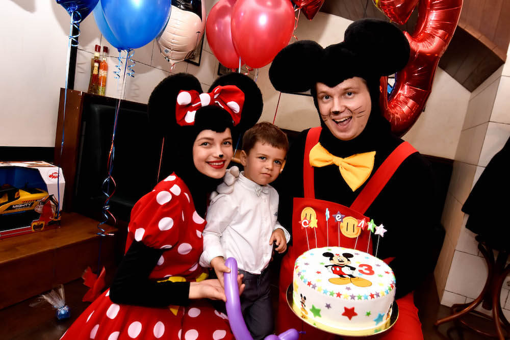 mickey_minnie_mouse_party2